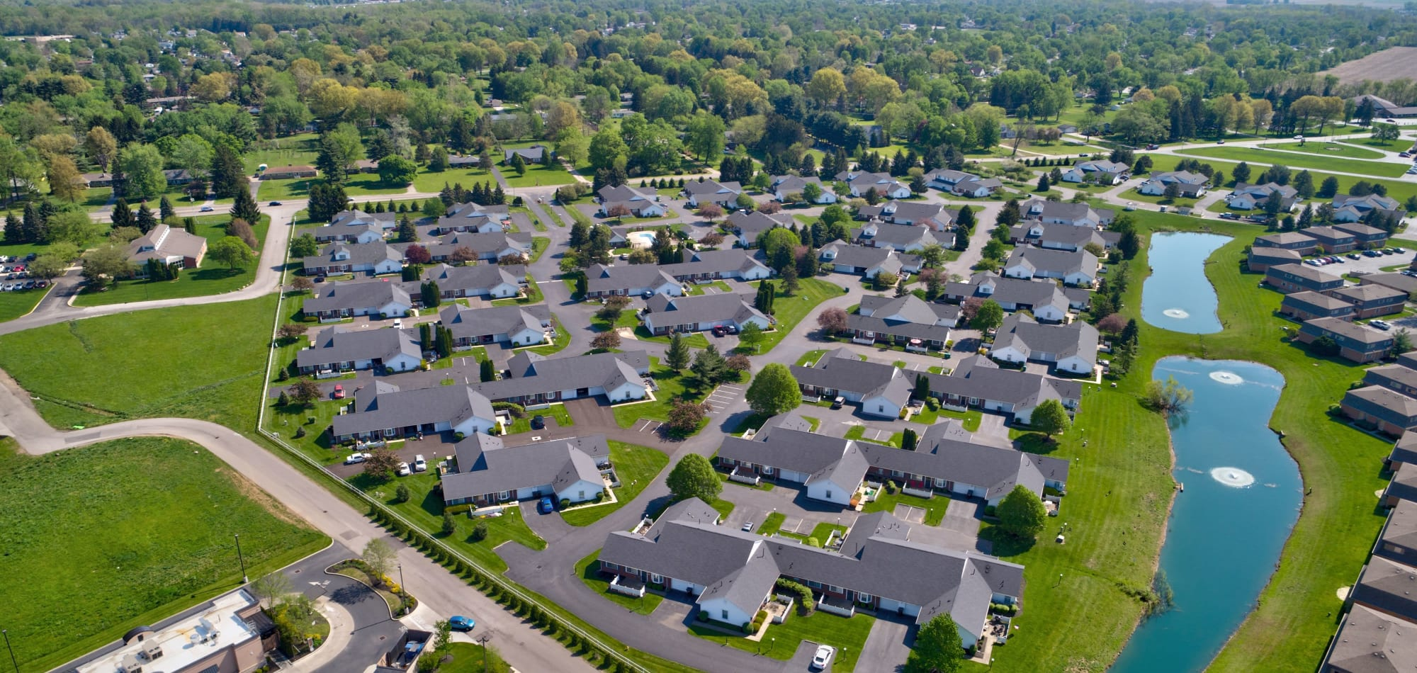 Brittany Bay Apartments and Townhomes apartments in Groveport, Ohio