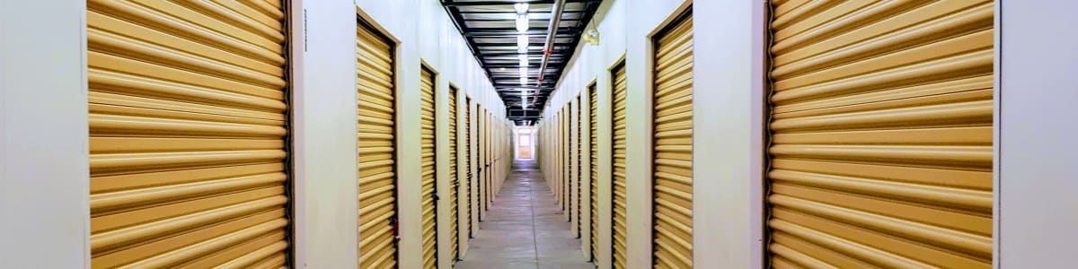 Self storage units in Phoenix