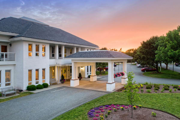 Mayflower Place Nursing and Rehabilitation Center offers special rehabilitative and extended care options in West Yarmouth, MA.