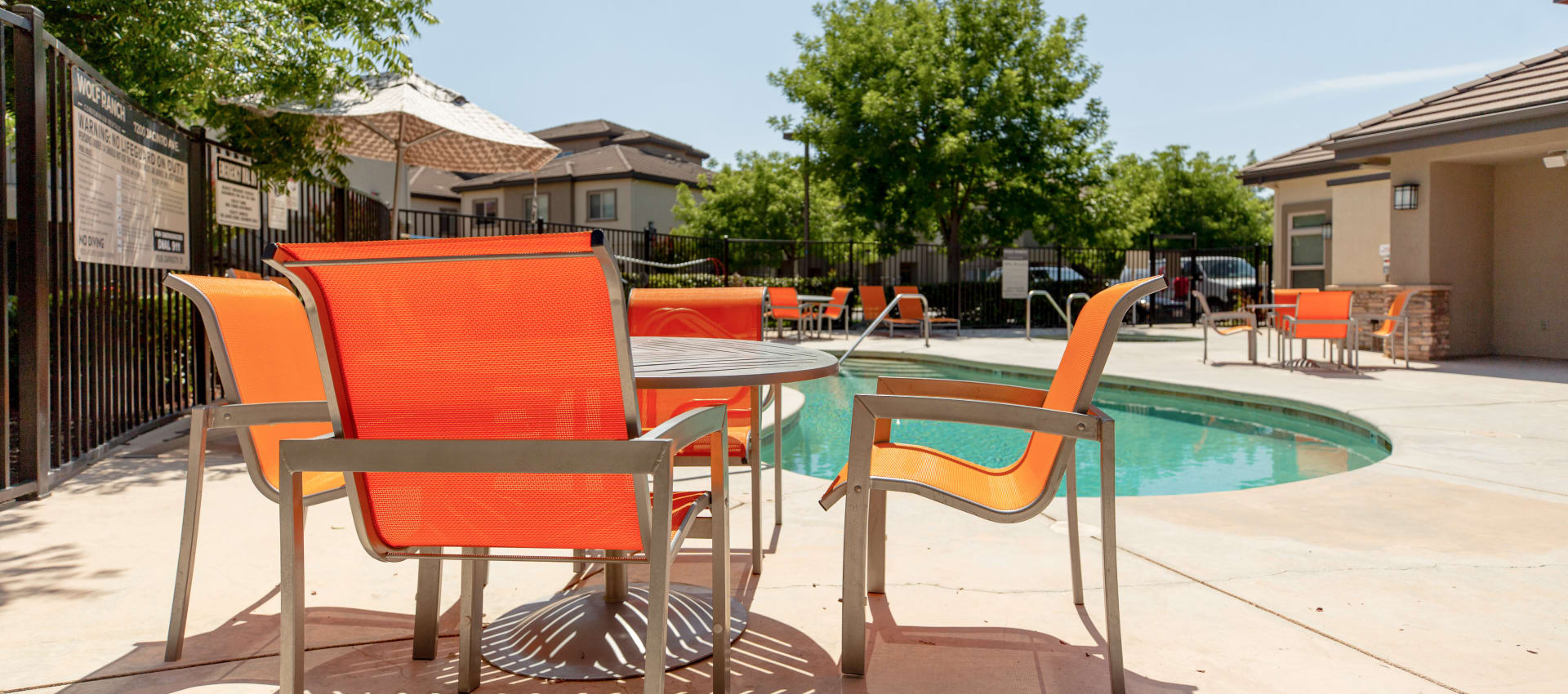 Pool area at Wolf Ranch Condominium Rentals in Sacramento