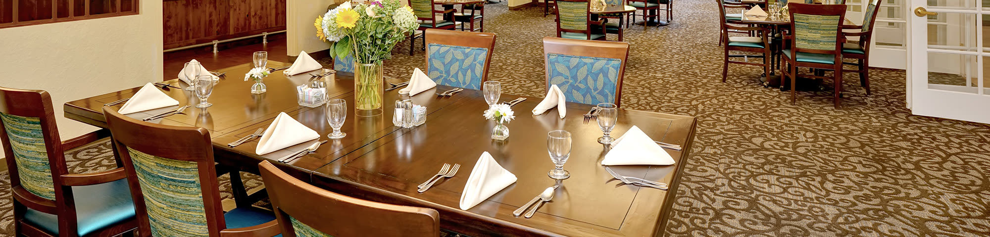 Dining experience at Cottonwood Creek in Salt Lake City, Utah
