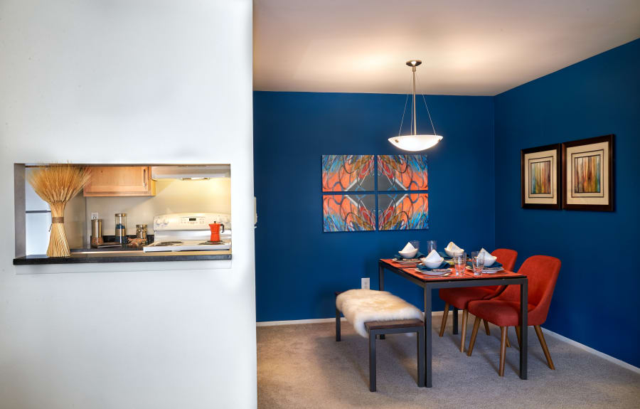 Dining area and alcove at Lakeside Terraces in Sterling Heights, Michigan
