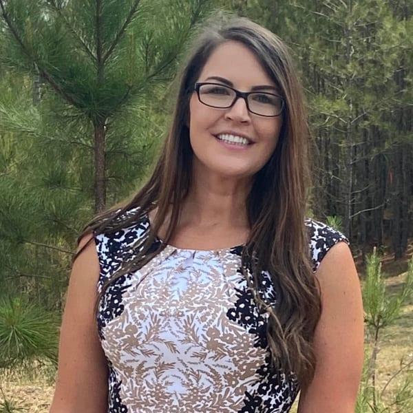 Cindy, Sales & Marketing Director at Worthington Manor in Conroe, Texas