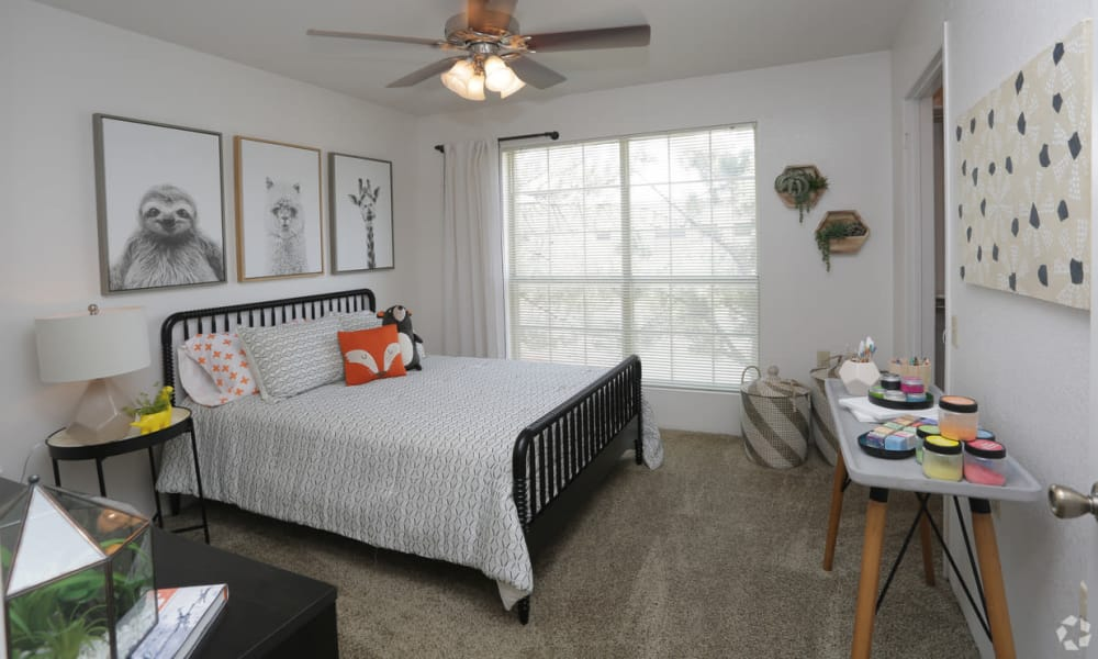 Large bedroom at Shadow Ridge Apartments in El Paso, Texas