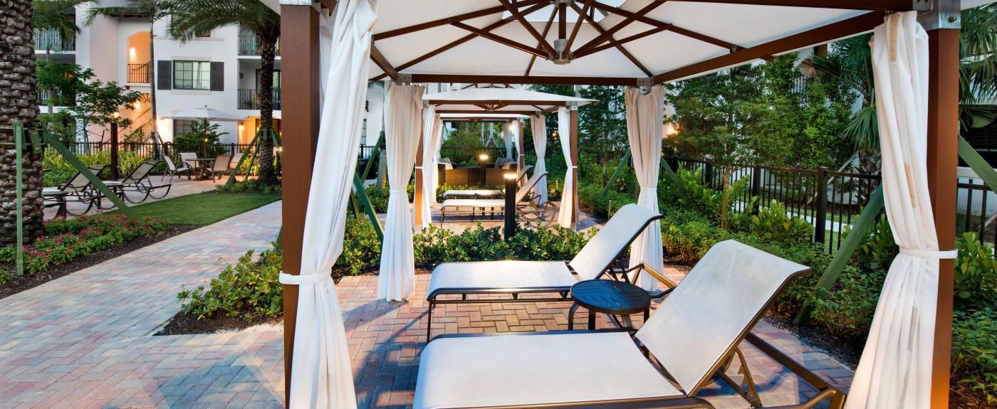 Luxury Apartments In Miami Fl W A Pool Gym A C