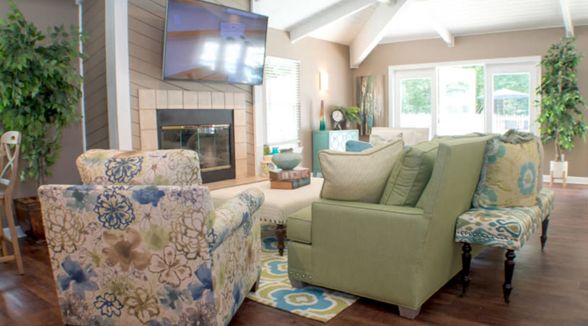 The bright and welcoming clubhouse at Laurel Pines Apartments in Richmond, Virginia