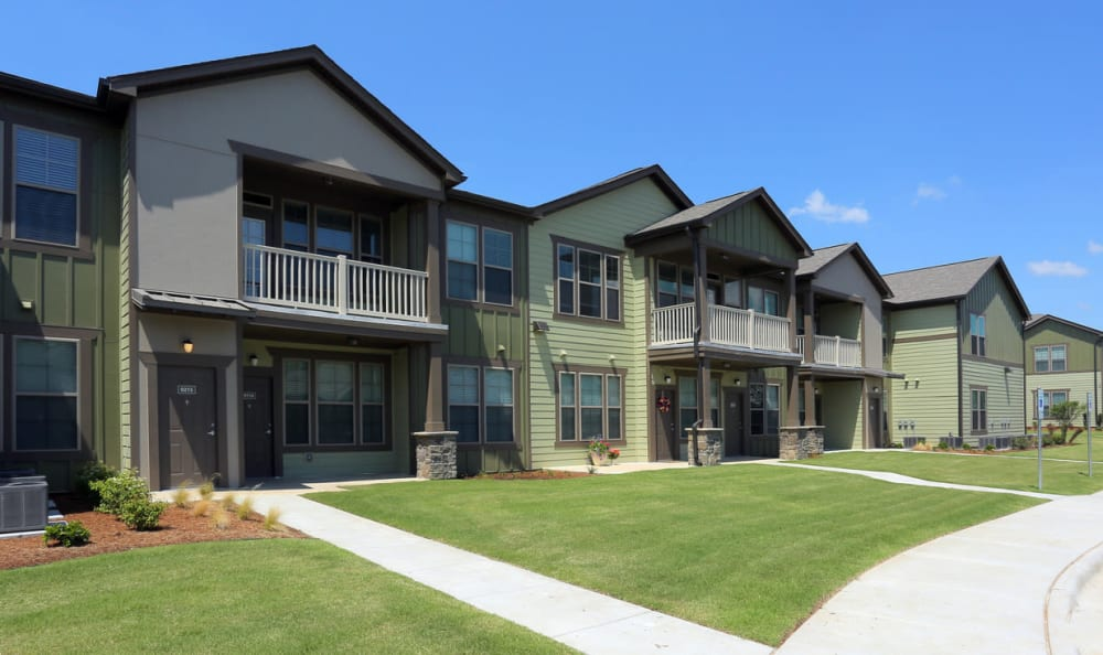 Apartment Exterior At Springs at Woodlands South Apartments In Tulsa