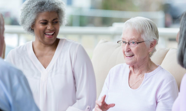Seniors enjoying conversation at Sandpiper Rehab/Nursing in Mt. Pleasant, South Carolina