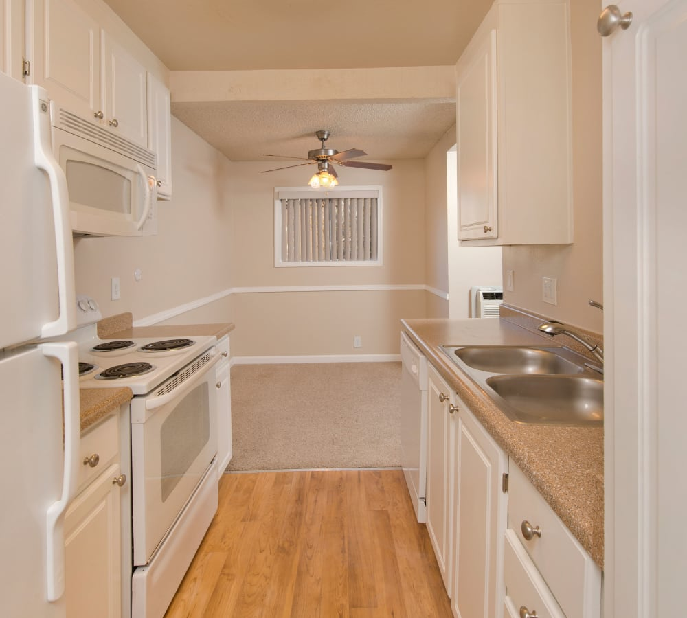 White appliances in the standard home at Shadow Oaks Apartment Homes in Cupertino, California