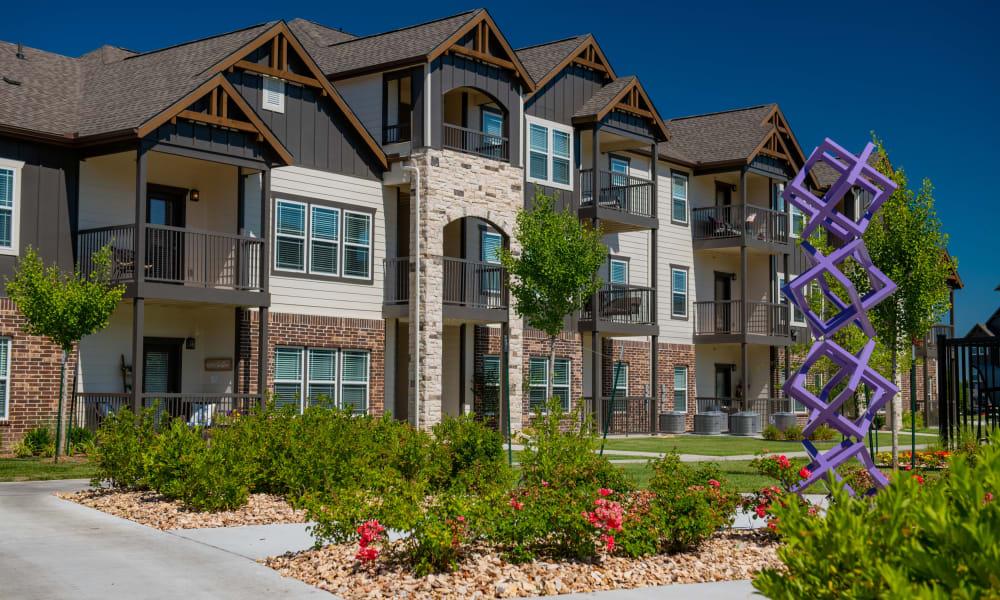 Beautiful buildings and landscape at Cedar Ridge in Tulsa, Oklahoma