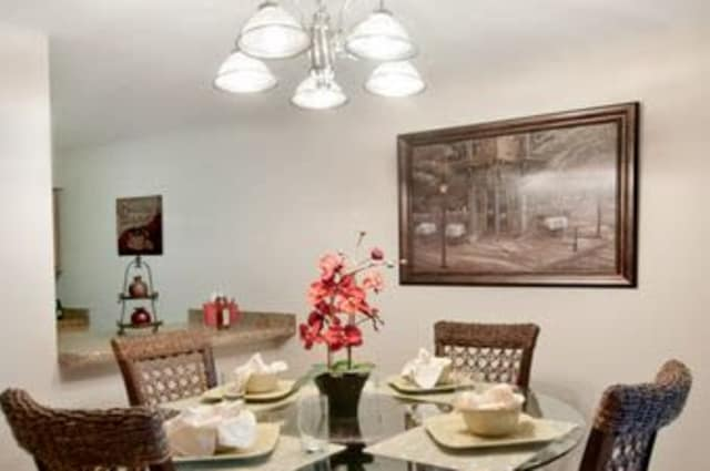 Dining table at Summerfield Apartment Homes in Harvey, Louisiana