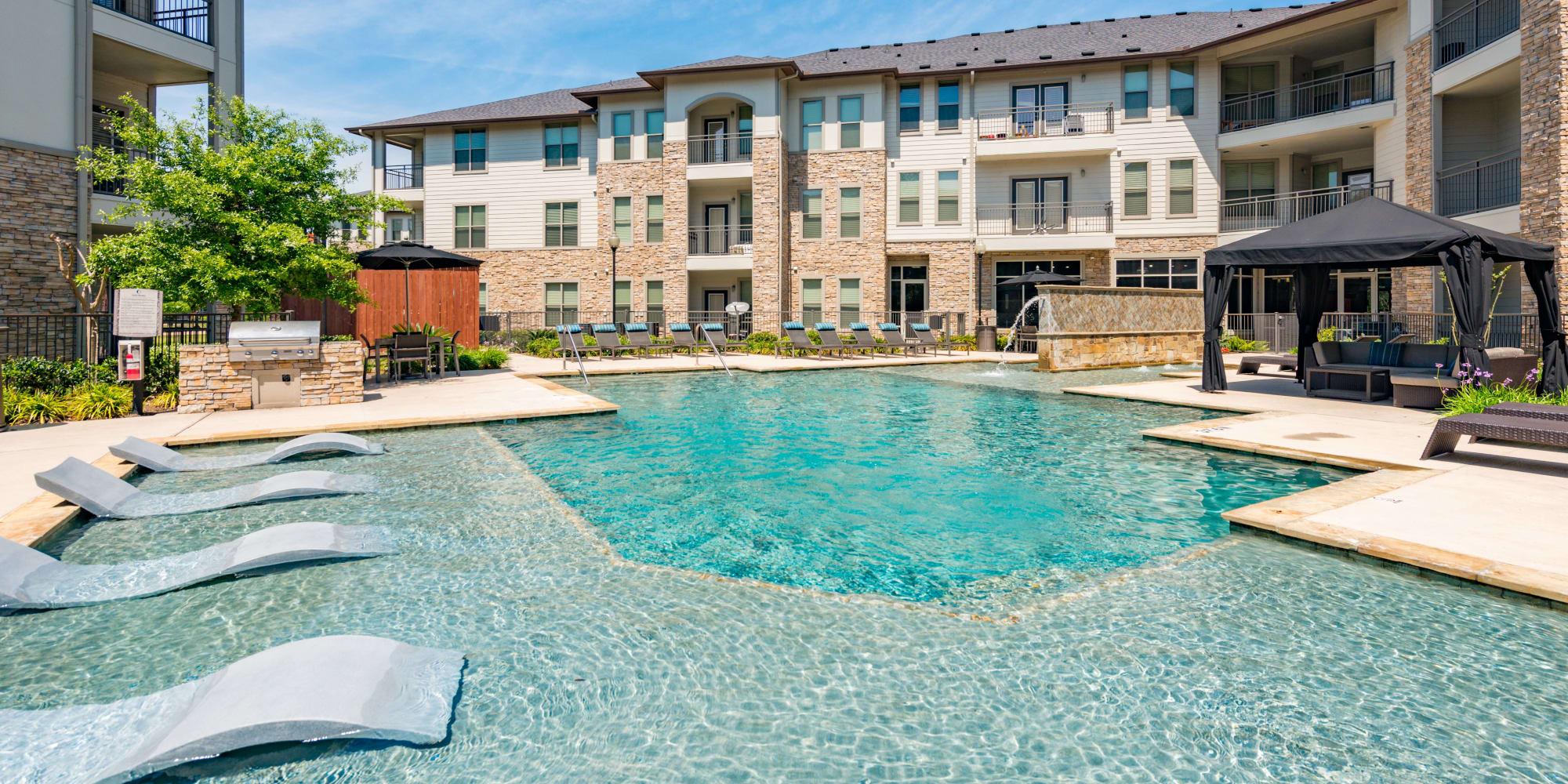 Olympus at Waterside Estates apartments in Richmond, Texas