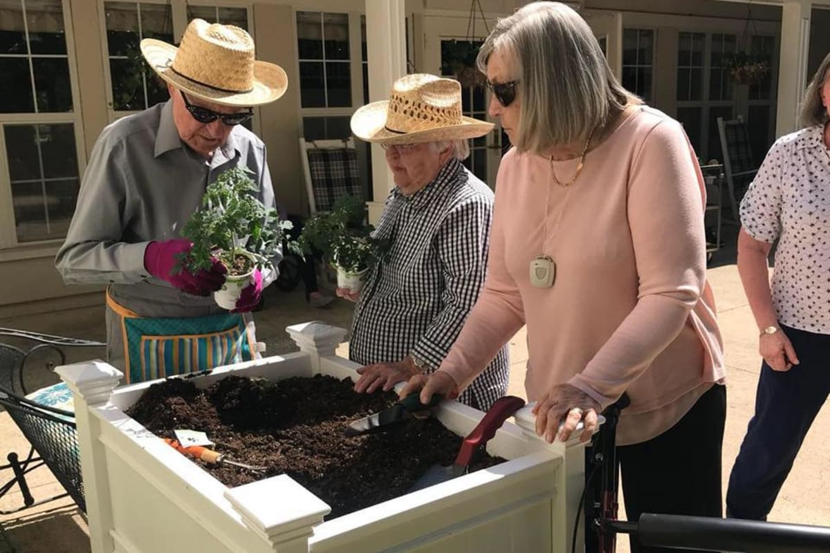 Seniors gardening at Parsons House Preston Hollow in Dallas, Texas