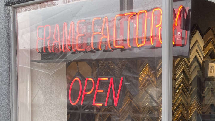 Frame Factory Sign