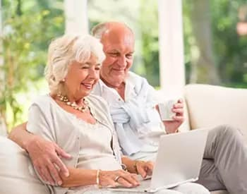 Elderly couple happy with their decision to move to Maplewood at Southport in Southport, CT