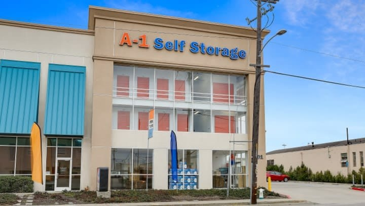 A view of the front entrance to A-1 Self Storage on High St in Oakland, CA.