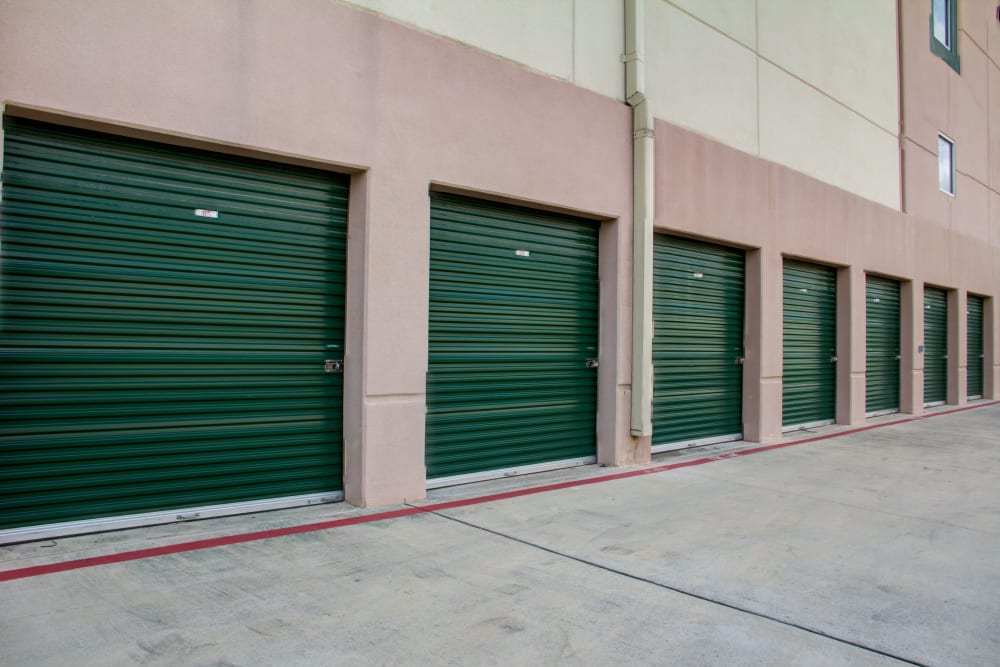 Lockaway Storage Encino Exterior Units