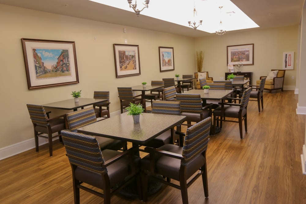 The dining room at Harmony at Martinsburg in Martinsburg, West Virginia