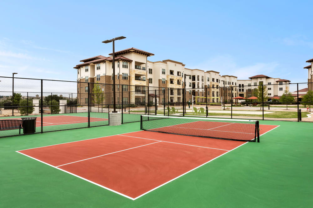 Tennis Court at Villas at the Rim in San Antonio, Texas
