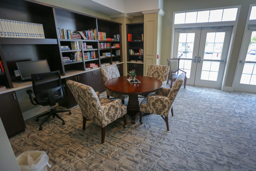 A library with quiet seating at Harmony at Spring Hill in Lorton, Virginia