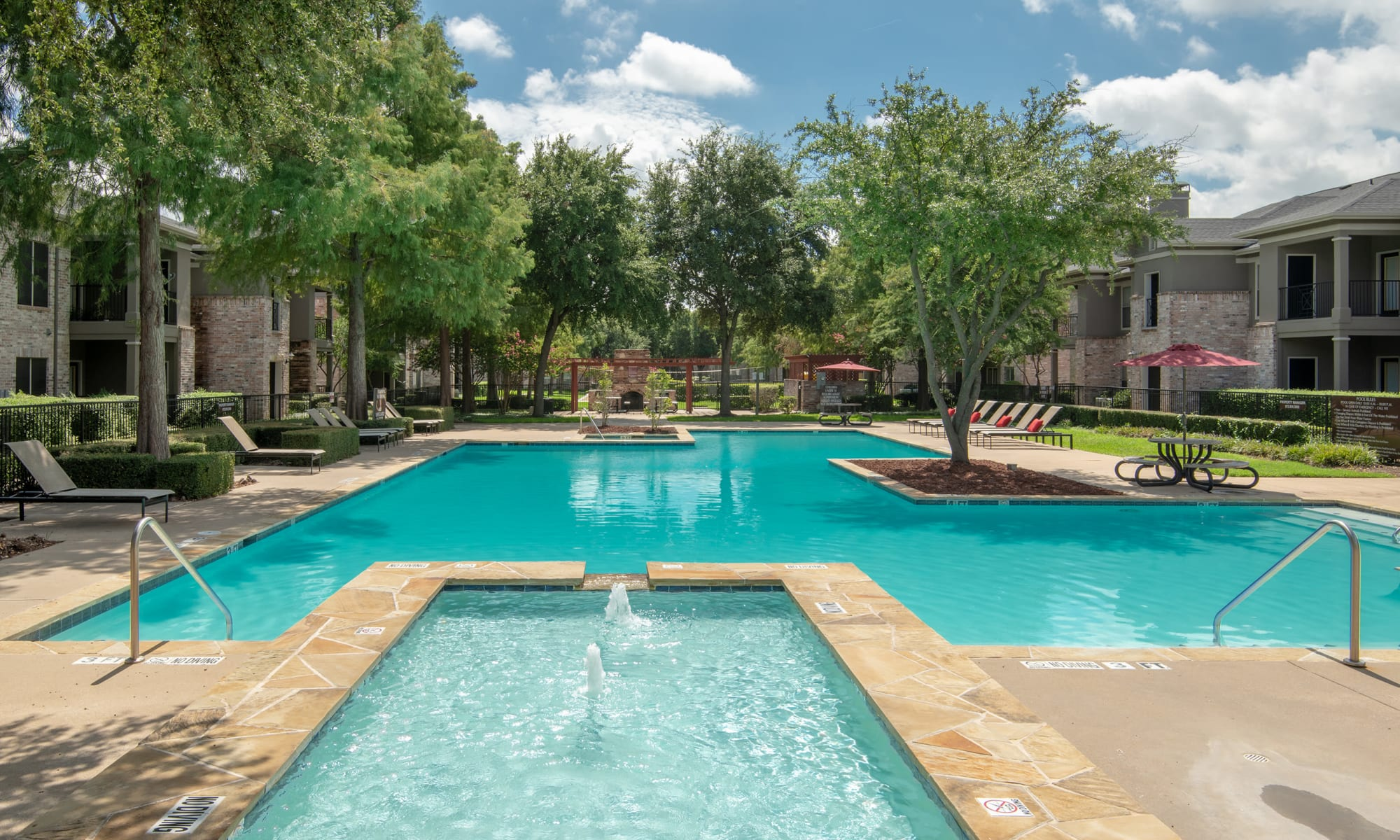 Apartments at The Springs of Indian Creek in Carrollton, Texas