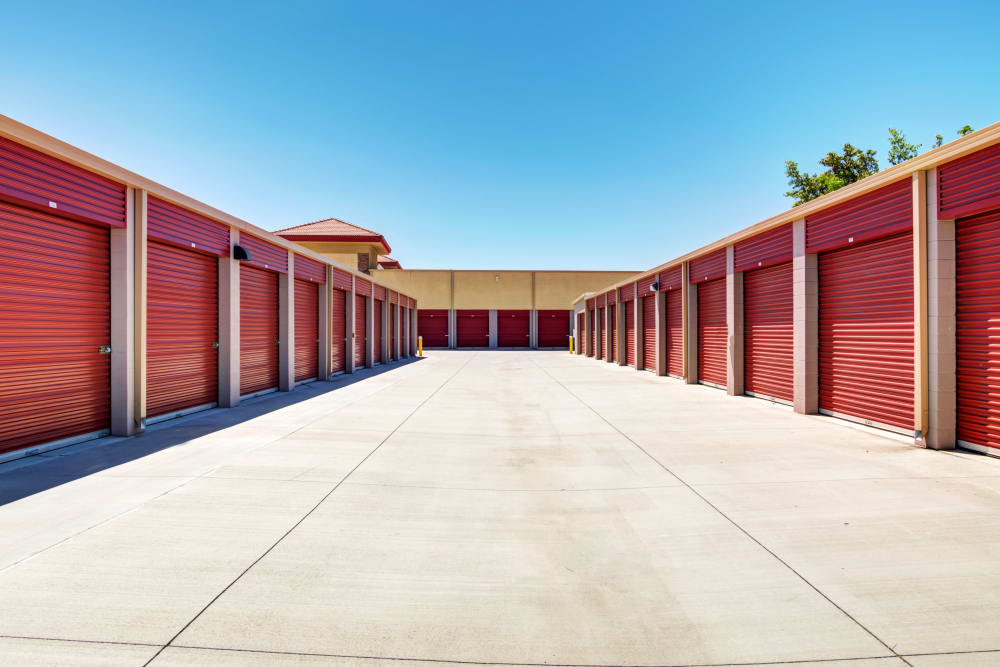 Drive-up access units at Butterfield Ranch Self Storage