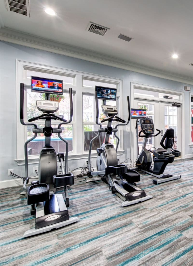 View our amenities at Marquis on Cary Parkway in Morrisville, North Carolina