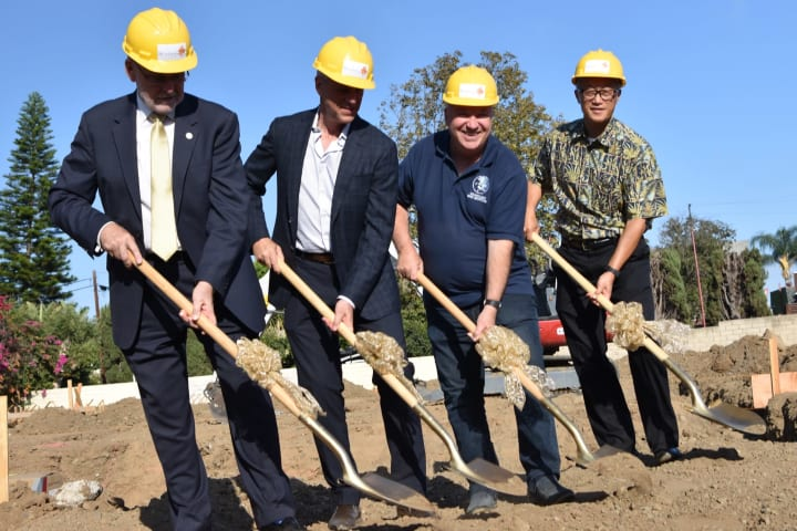 Breaking ground for Seasons Memory Care at Rolling Hills with Torrance CA representatives