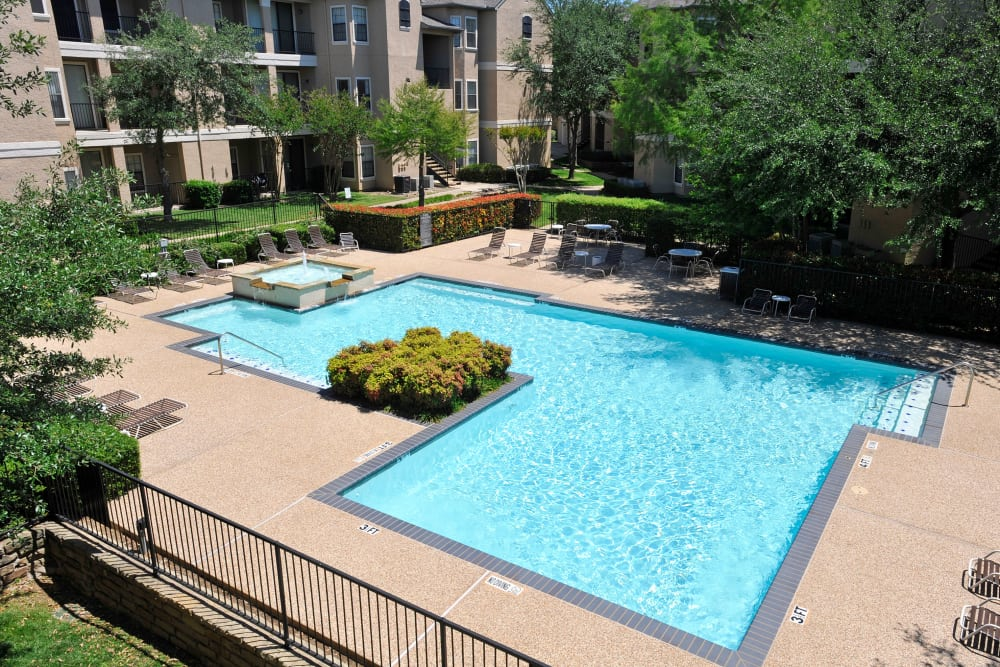 Newly renovated outdoor swimming pool at Briargrove at Vail in Dallas, Texas