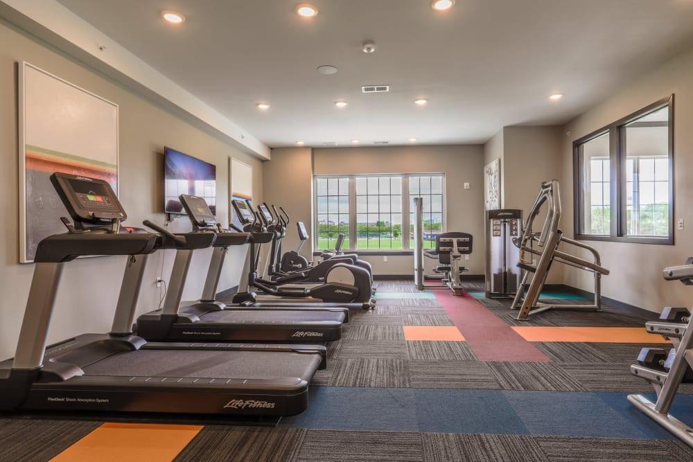 Rialto Hurstbourne offers a Modern Fitness Center in Louisville, Kentucky