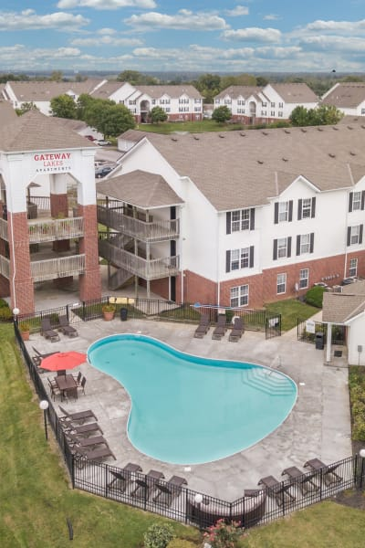 Swimming pool at Gateway Lakes Apartments in Grove City, Ohio