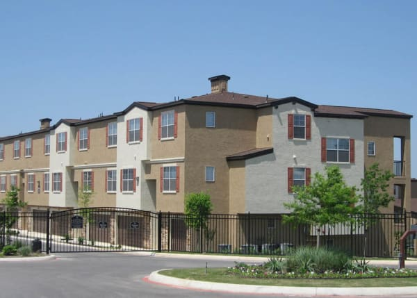 Far North Central San Antonio, TX Apartments for Rent | The Abbey at ...