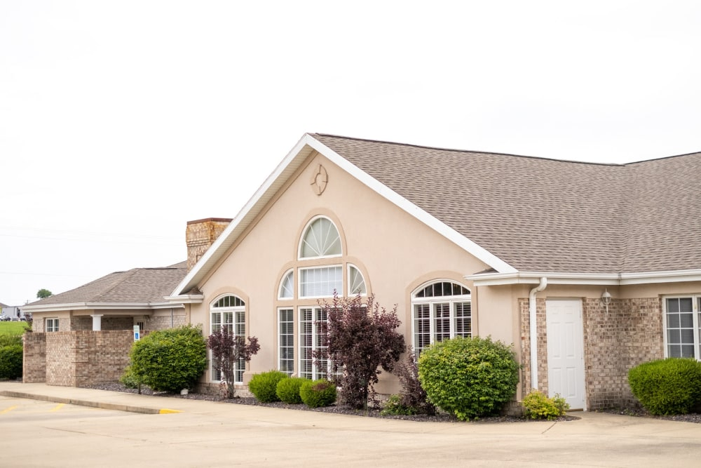 Charming and quaint front entrance at Brookstone Estates of Vandalia in Vandalia, Illinois