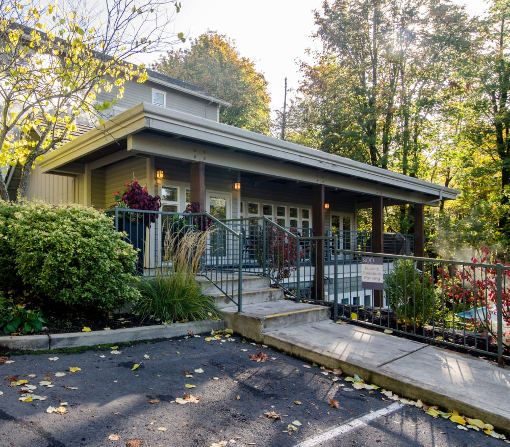 Beautifully wooded neighborhood around Sofi at Forest Heights in Portland, Oregon
