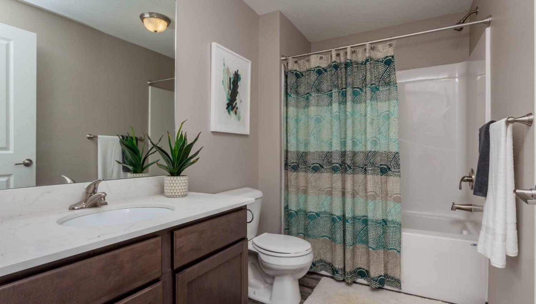 Clean bathroom at Autumn Ridge in Waukee, Iowa