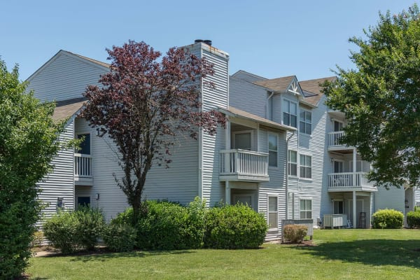 Lynnhaven apartments for rent reflections at virginia beach reflections at virginia beach building exterior in virginia beach solutioingenieria Choice Image