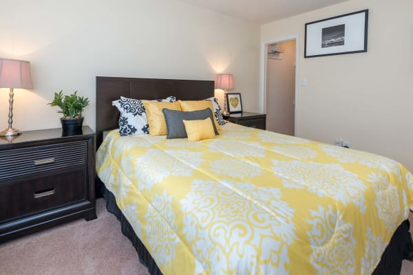A spacious bedroom at Reflections at Virginia Beach in Virginia Beach