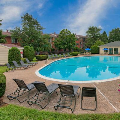 Beautiful swimming pool at Eagle's Crest Apartments in Harrisburg, Pennsylvania