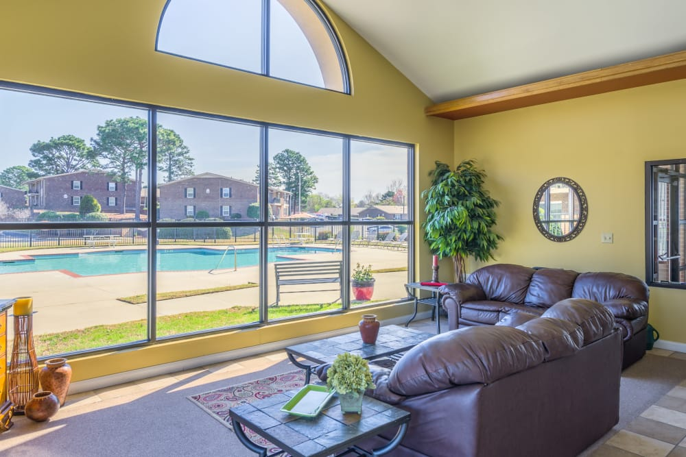 Interior of the clubhouse at Briarwood Apartments