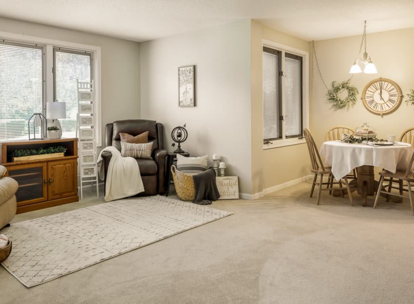 Spacious living room at Ramsey Village Continuing Care in Des Moines, Iowa