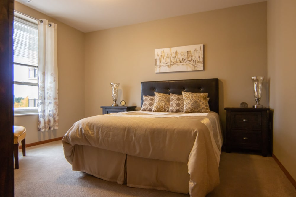 A large resident bedroom at Aurora on France in Edina, Minnesota.