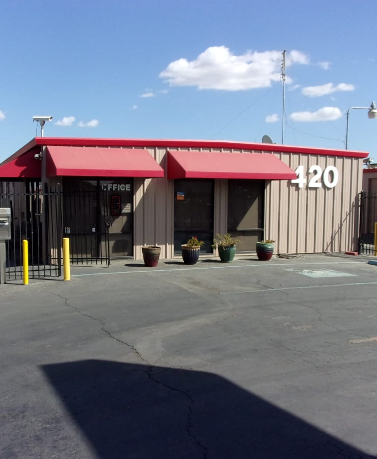 The exterior of the main entrance at StorQuest Self Storage in Los Banos, California