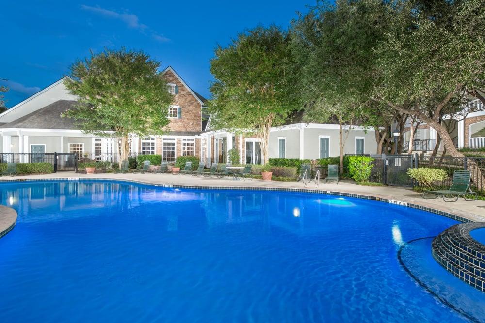 Beautiful swimming pool at The Lodge at Shavano Park in San Antonio, Texas