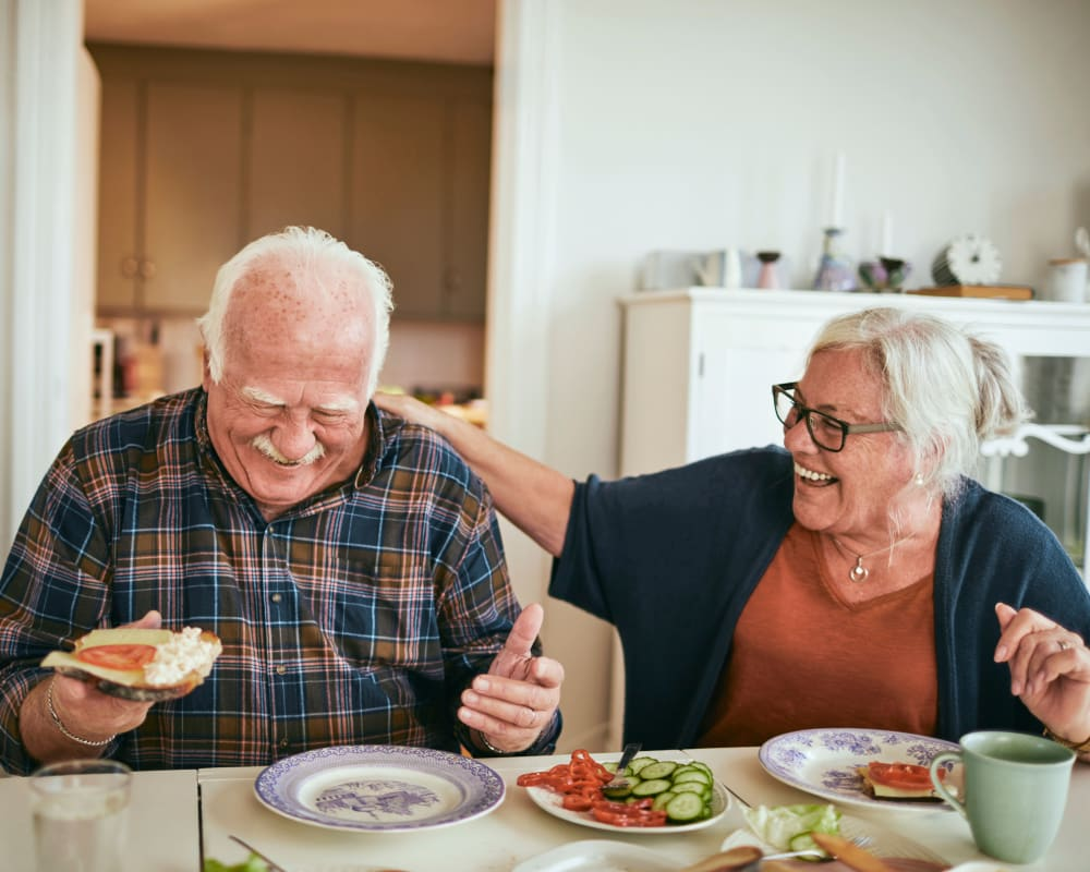 A resident couple in their kitchen at RiverView Ridge in Rock Valley, Iowa.