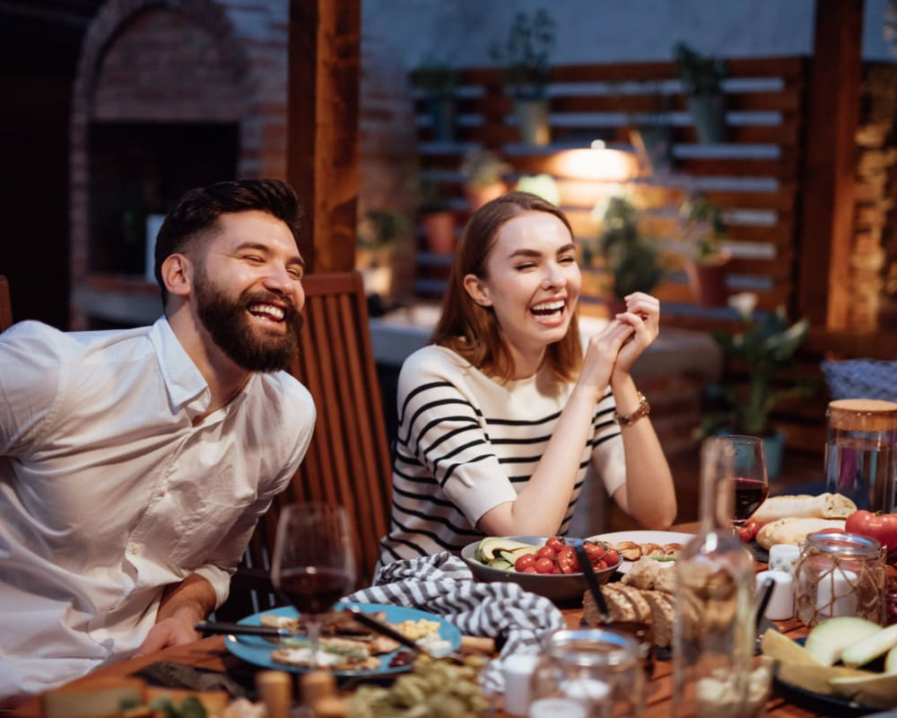 Residents dining near The Hawthorne in Carmichael, California
