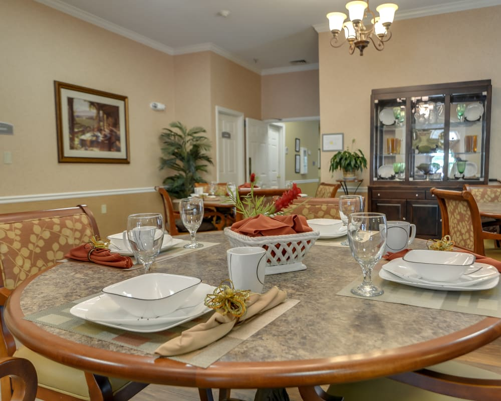 Well decorated dining area table at Westbrook Terrace Senior Living in Jefferson City, Missouri