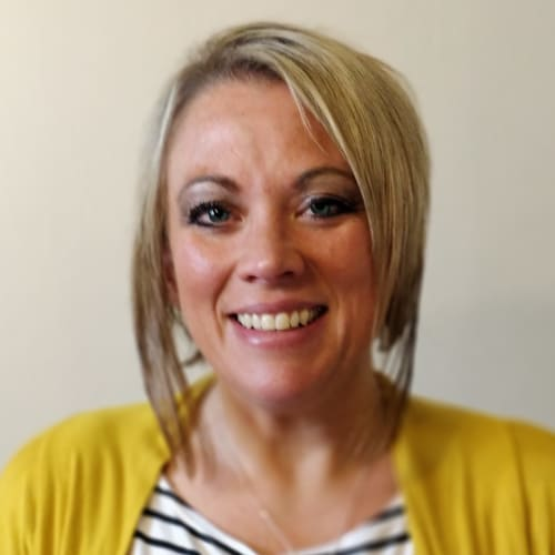 Krista Clawges, Senior Living Counselor of Clearview Lantern Suites in Warren, Ohio