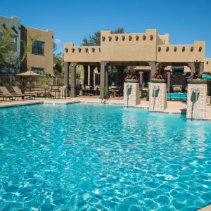 Amenities at Las Colinas at Black Canyon in Phoenix, Arizona