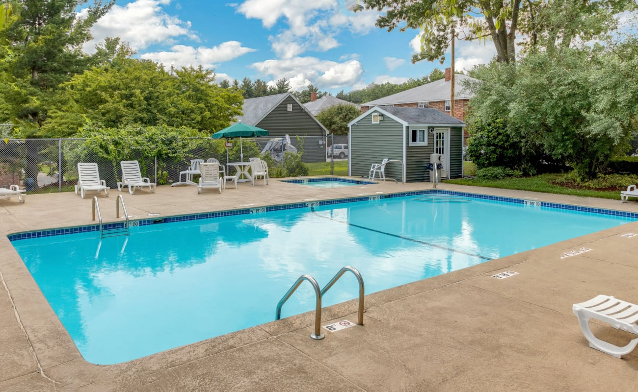 Luxury pool at Eagle Rock Apartments at Nashua in Nashua, New Hampshire