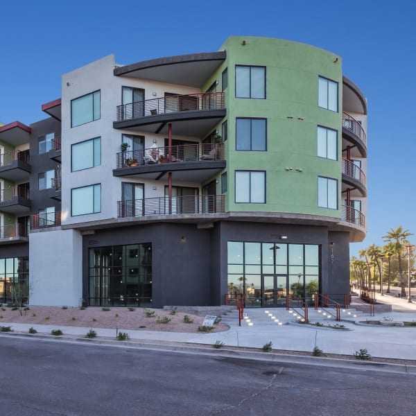 An apartment building exterior at Park Place at Fountain Hills in Fountain Hills, Arizona